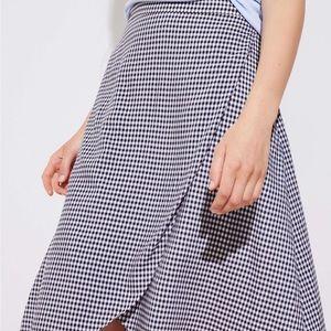 Last chance‼️ Loft Gingham Wrap Skirt